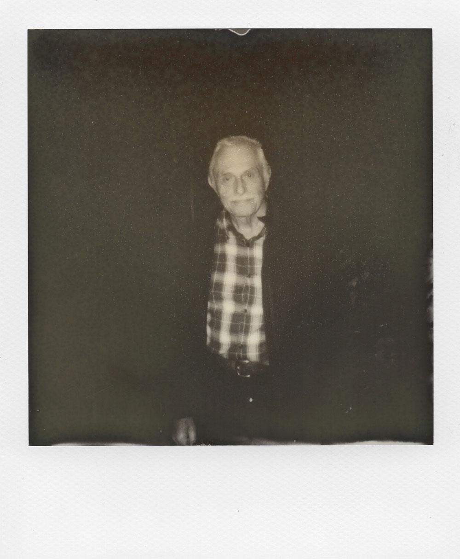 002.-Mon-Papi-adoré---Polaroid-636-TC