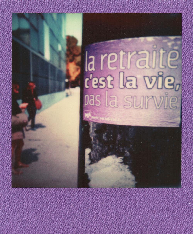 008.-Retraite-vs-Survie---Polaroid-SLR680